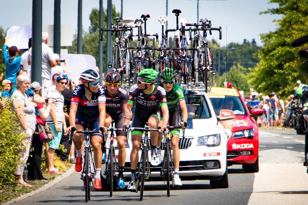 Romain Sicard (Europcar), Pierre-Luc Perichon (Bretagne-Séché Environnement), Bartosz Huzarski (Bora-Argon18) and Sylvain Chavanel (IAM Cycling) made up the day's breakaway, chatting like it was the Sunday group ride.