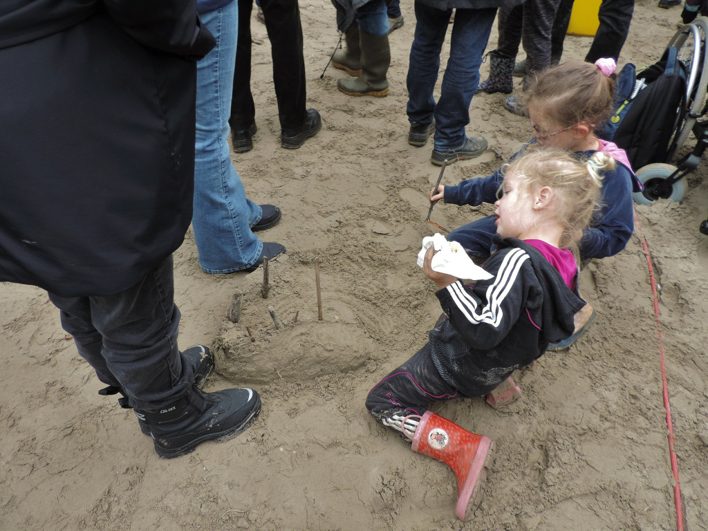 If your parents take you to a giant sand box ... © 2015 Cat Armour