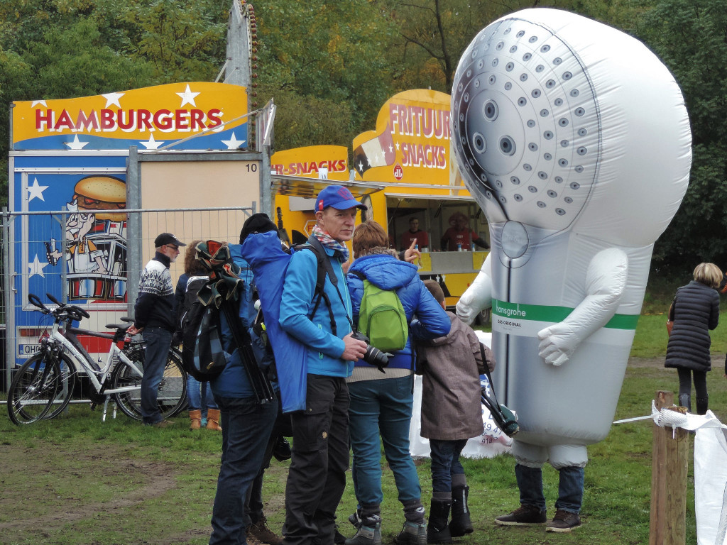 Hansgrohe, Superprestige sponsor, has a showerhead mascot. Yep. © 2015 Cat Armour