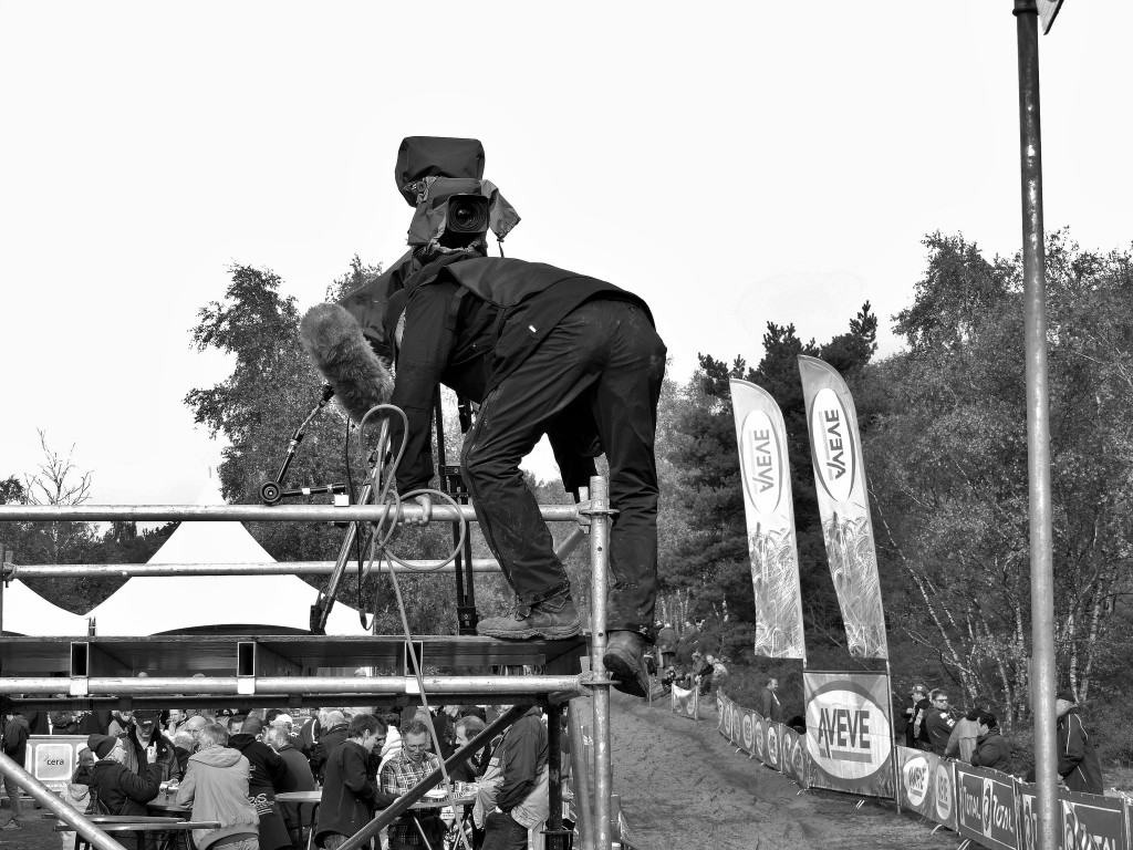 Cameraman getting ready for historic broadcast of women's Superprestige. © 2015 Cat Armour