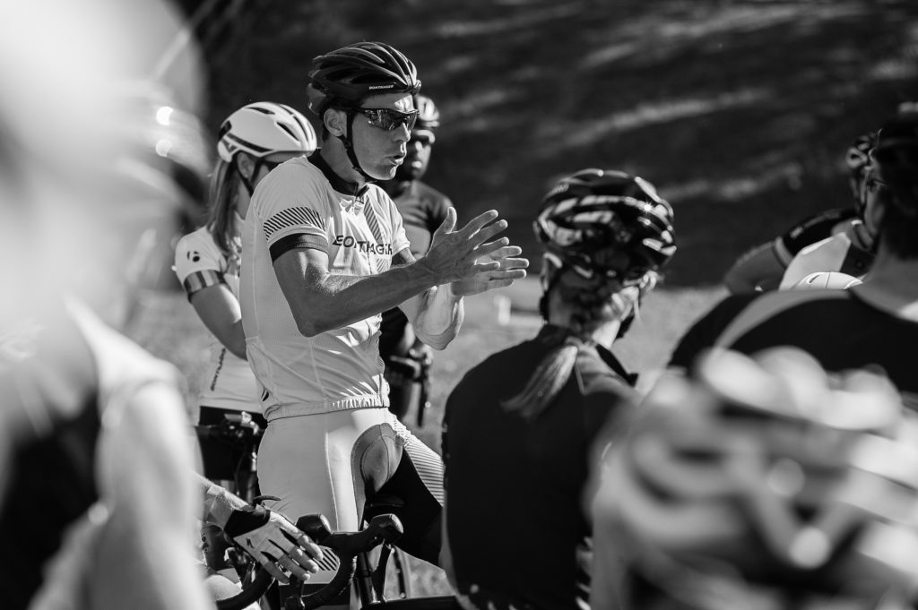 Vanthourenhout addressing the riders in his group. © 2016 Ethan Glading