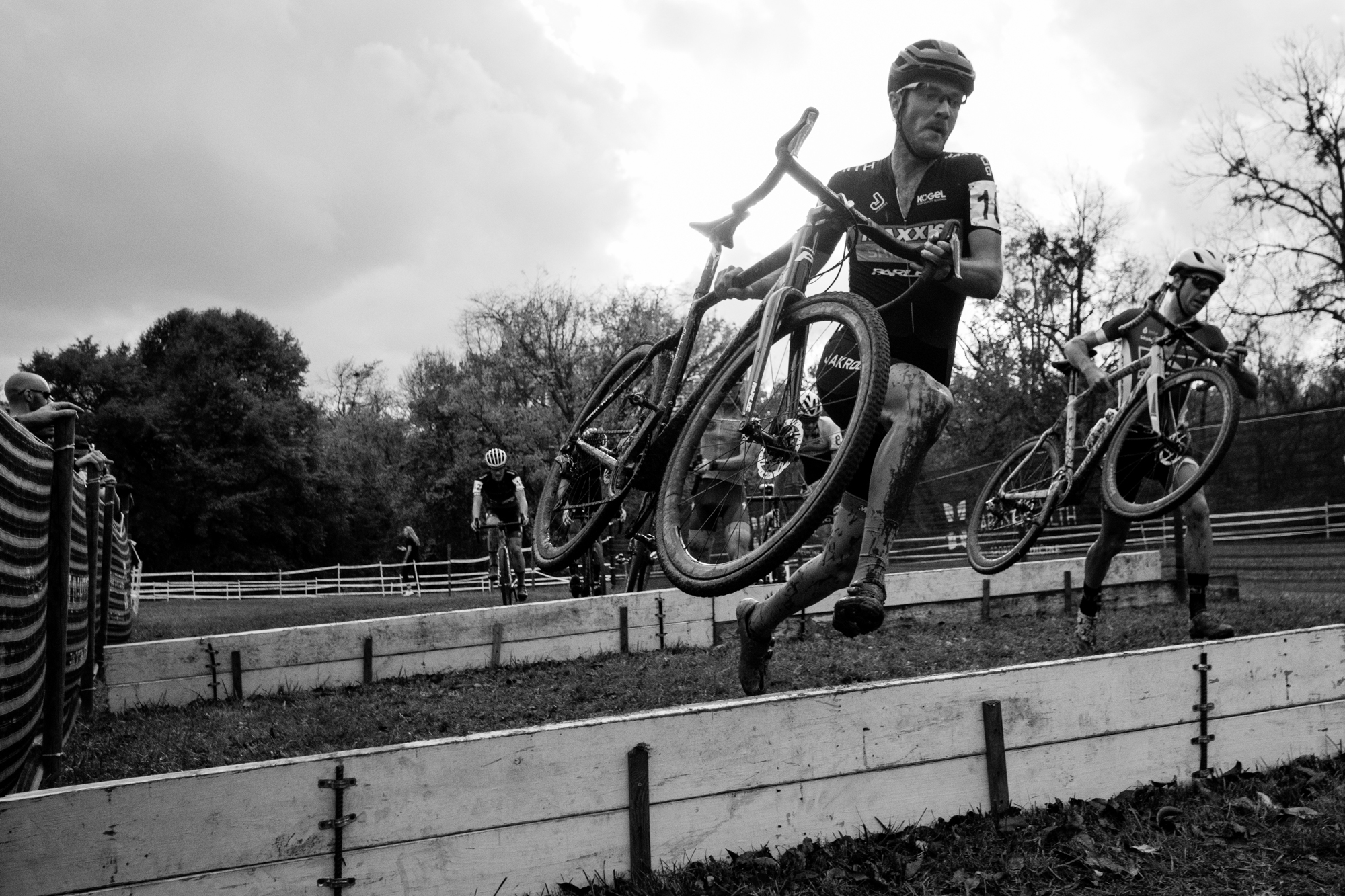 Travis Livermon at Women's field at Pan-American Cyclocross Championships