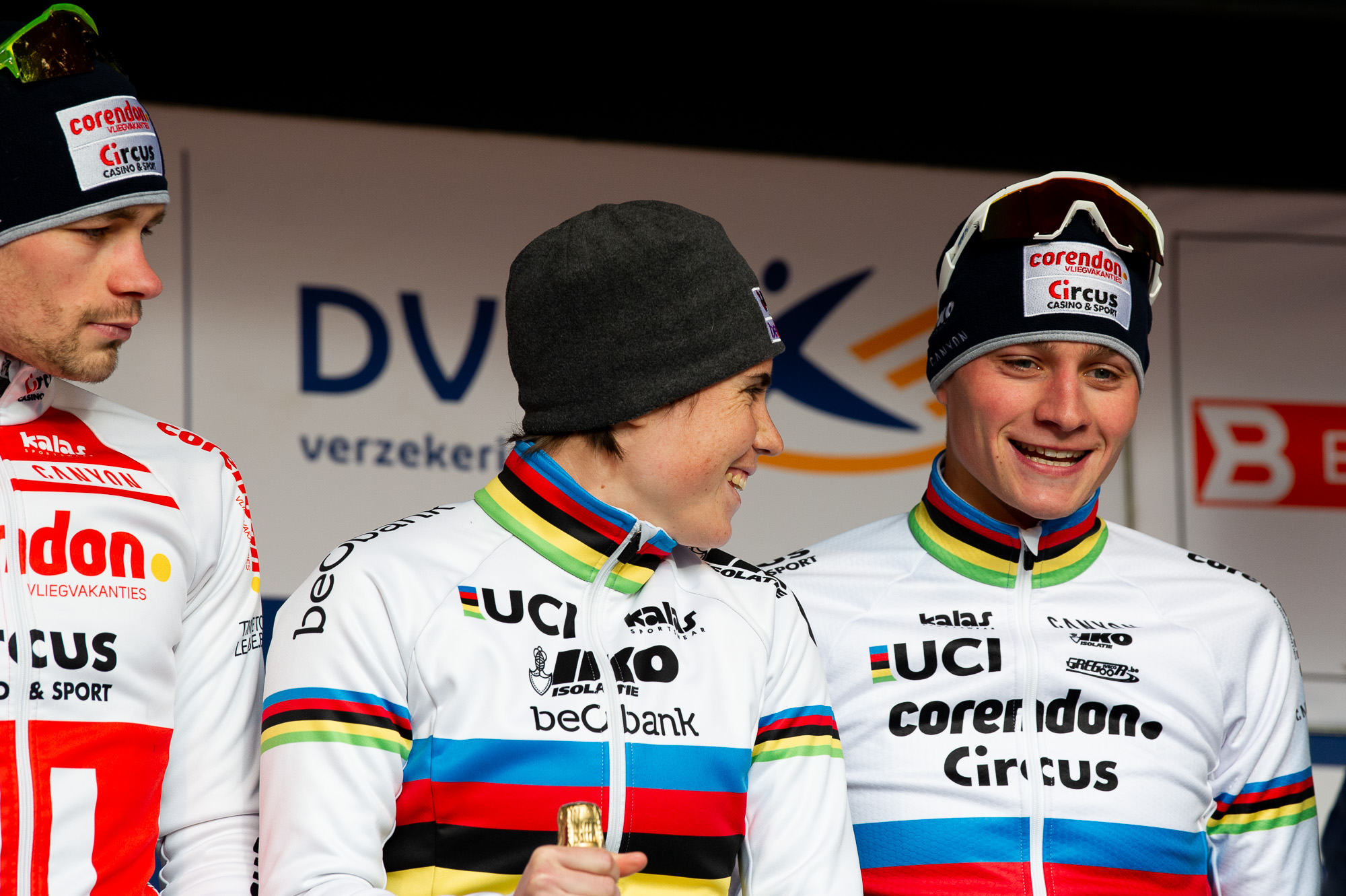 World Champions Sanne Cant and Mathieu van der Poel on the podium for best team in the final standings of the DVV Trofee.